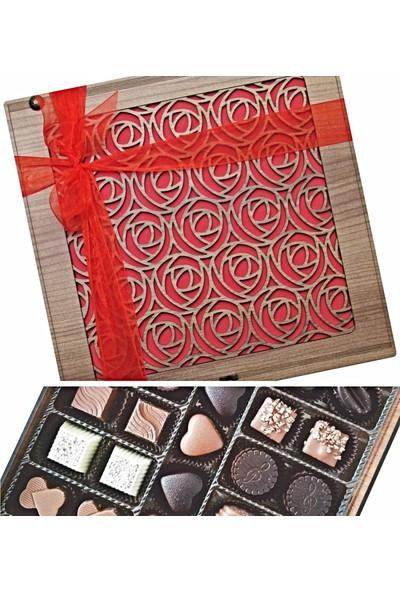 Çikolata Marketi Gül Desenli Ahşap Kutusunda Hediyelik Çikolata