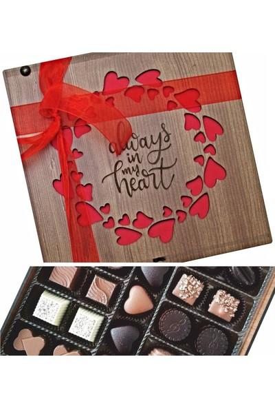 Çikolata Marketi Always In My Heart Yazılı Kalplerle Süslenmiş Sevgiliye Özel Ahşap Kutulu Hediyelik Çikolata