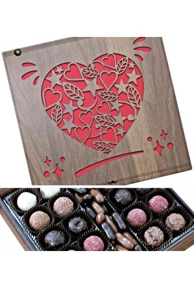 Çikolata Marketi Kalp Yıldız ve Yaprak Süslemeli Ahşap Kutulu Hediyelik Çikolata