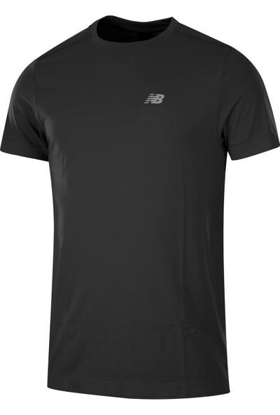 New Balance NBTM010 Core Pro Erkek Tişört