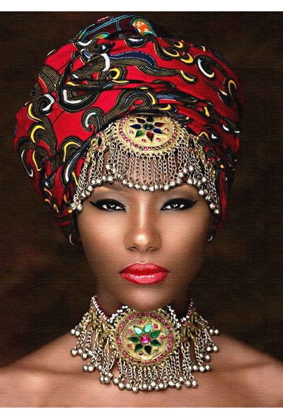 Modern Revizyon Afrikalı Kadın Figürü