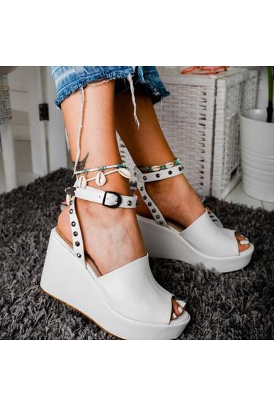 Limoya Heaven Beyaz Zımba Detaylı Dolgu Topuklu Sandalet
