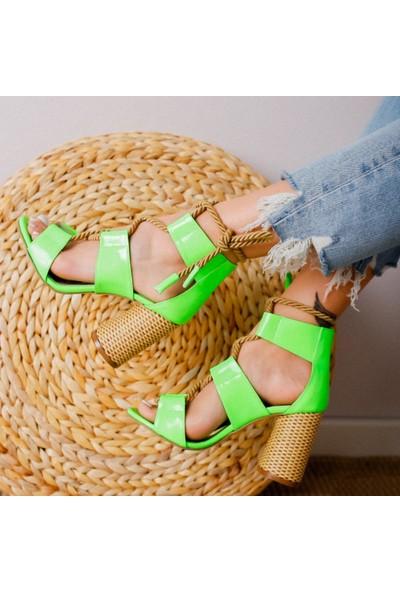 Limoya Kennedy Yeşil Neon Rugan Hasır Topuklu Halat Detaylı Sandalet