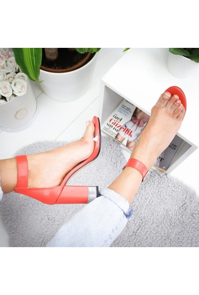 Limoya Maddison Portakal Kalın Topuklu Şeffaf Bantlı Sandalet