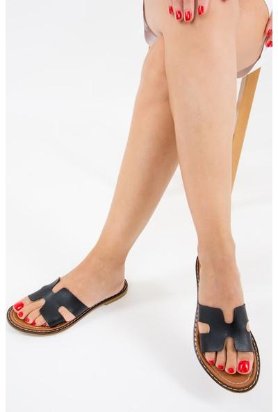 Fox Shoes Siyah Kadın Terlik F267065009