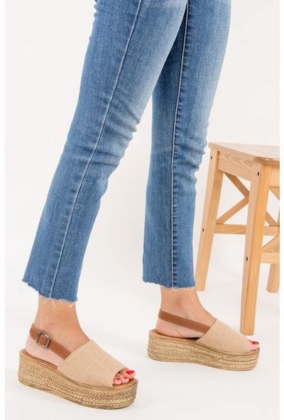 Fox Shoes Bej Kadın Dolgu Topuklu Sandalet F272021717