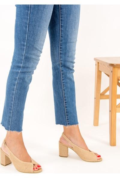 Fox Shoes Bej Kadın Topuklu Ayakkabı F643221017