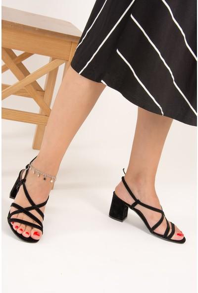 Fox Shoes Siyah Kadın Topuklu Ayakkabı F654028002
