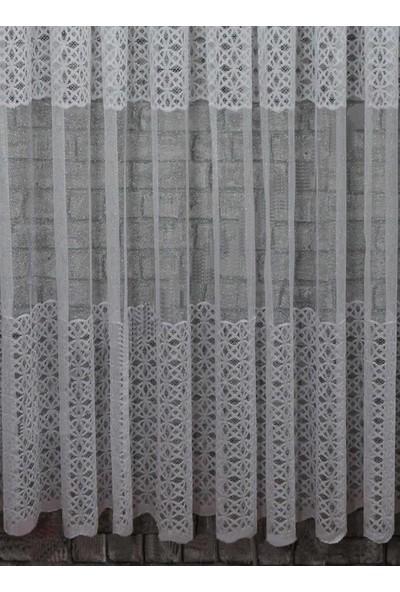 Caserta Home 1/2 Seyrek Pileli Kdk Begonya Ara Kortlu Beyaz Tül Perde - 75 x 150 cm