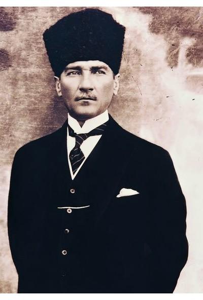 Tablosan Kalpaklı Atatürk Portresi Kanvas Tablo
