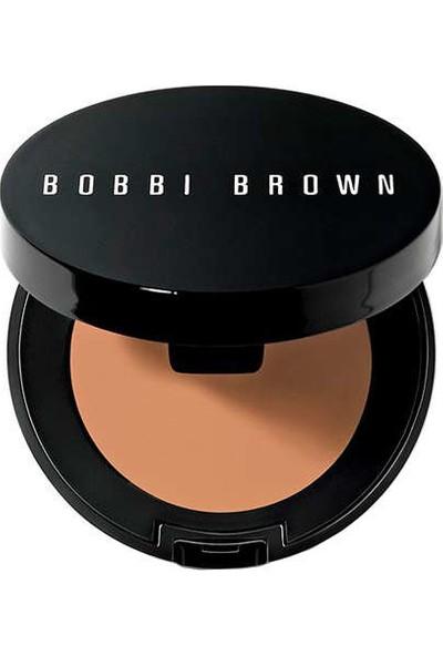 Bobbi Brown Creamy Concealer Sand