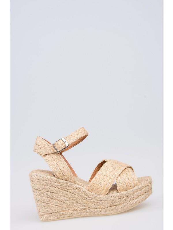 Fox Shoes Bej Kadın Dolgu Topuklu Sandalet F432901617