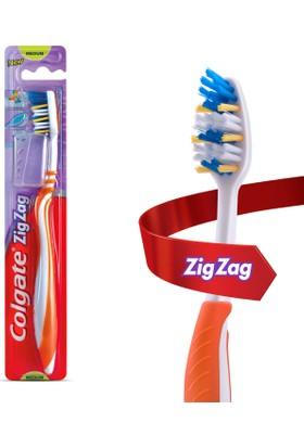 Colgate Diş Fırçası Zigzag Plus Orta + Seyahat Başlığı Hediyeli