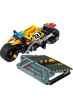 LEGO Technic 42058 Akrobasi Motosikleti