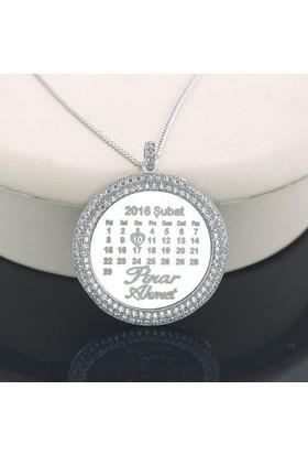 Cadde Takı Taşlı Çerçeveli Gümüş Madalyon