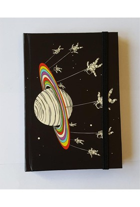 Köstebek Satürnde Sallanan Astronot Defter