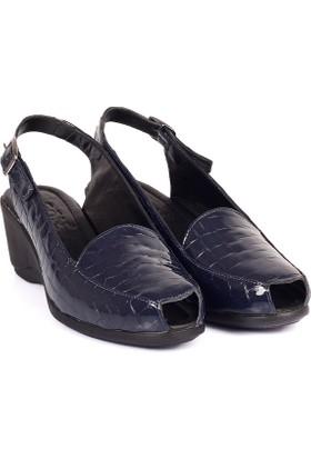 Gön Deri Kadın Sandalet 45312