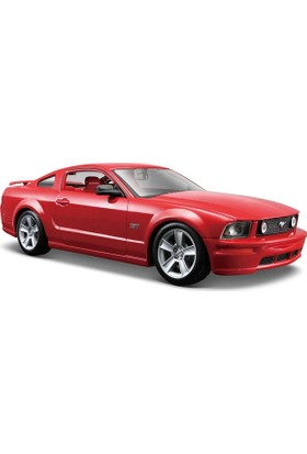 Maisto Model Araba 1:24 Ford Mustang Gt Coupe 31997