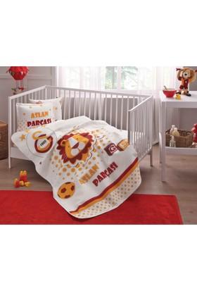 Taç Bebek Galatasaray Aslan Parçası Bebek Pike Takımı