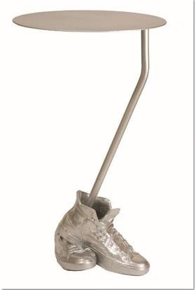 Antartidee Yuvarlak Tablalı Ayakkabı Tasarımlı Masa / Happy Small Table