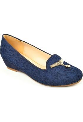 Cristina ZN 154 Engin Topuk İşlemeli Bayan Ayakkabı