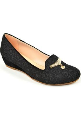 Cristina ZN 153 Engin Topuk İşlemeli Bayan Ayakkabı