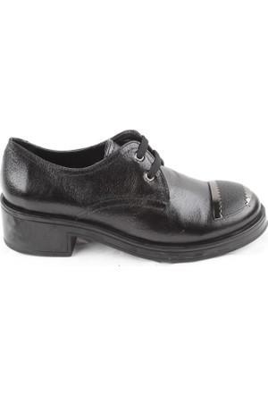 Veyis Usta Siyah Onü Rozetli Bayan Ayakkabı