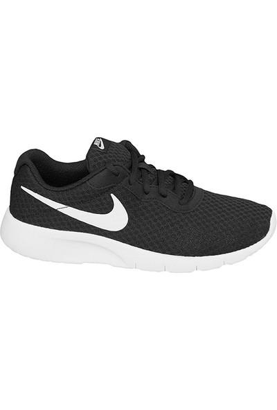 Nike 812654-011 Tanjun Koşu Ayakkabısı + Renkli Bağcık