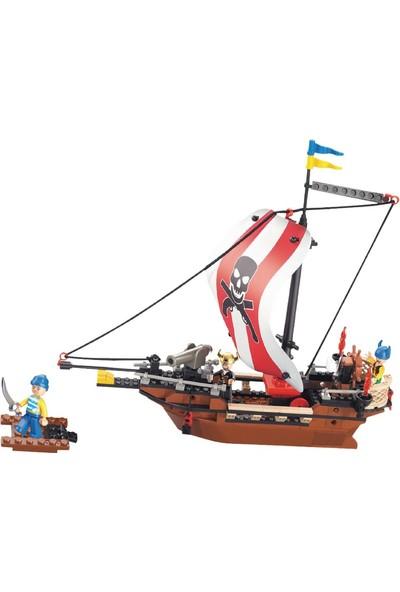Sluban Korsan Gemi 226 Parça