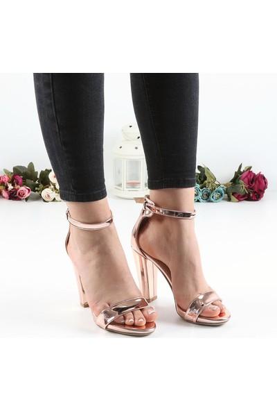 Föz Bronz Tek Bant Kadın Topuklu Ayakkabı