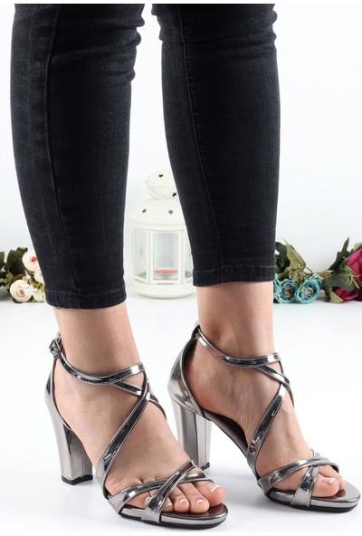 Föz Füme Çapraz Bant Kadın Topuklu Ayakkabı