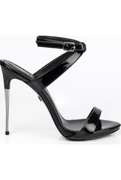 J'abotter Jordan Siyah Rugan İnce Topuklu Ayakkabı