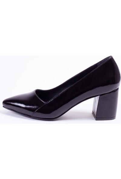 Tarçın Deri Siyah Kırışık Rugan Klasik Günlük Kadın Topuklu Ayakkabı Trc71-0101