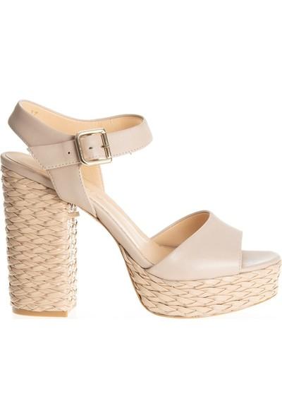 Poletto 319-201 Kadın Klasik Ayakkabı Bej
