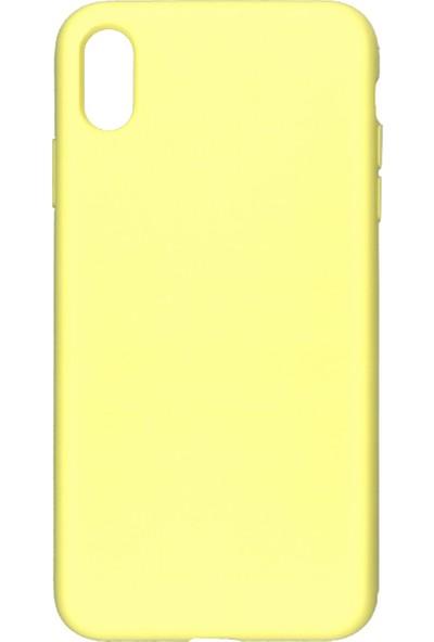 MAKT Apple iPhone XS MAX Soft Touch Silikon Kılıf Arka Kapak Sarı