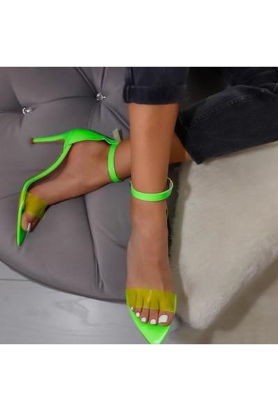 Limoya Poppy Yeşil Neon Rugan Şefaf Bantlı Sivri Burunlu İnce Topuklu Ayakkabı