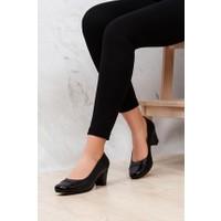 Tarçın Deri Siyah Klasik Günlük Kadın Topuklu Ayakkabı TRC71-0125