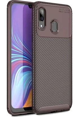 Magazabu Samsung Galaxy A20 Karbon Desenli Lux Negro Silikon Kılıf Kahverengi + Nano Ekran Koruyucu