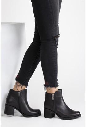 Tarçın Hakiki Deri Siyah Günlük Kadın Topuklu Bot Trc49-17859