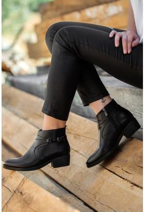 Tarçın Hakiki Deri Siyah Günlük Kadın Topuklu Bot Trc49-W102