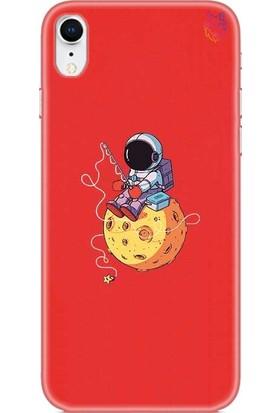 Wolf Dizayn Apple iPhone XR Silikon Kılıf - Star Hunt Astronaut Kırmızı