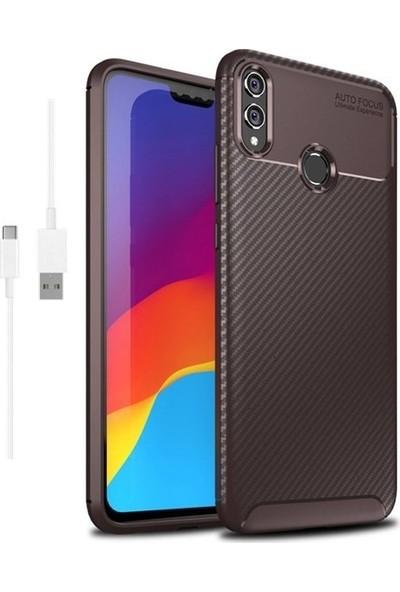 Magazabu Huawei Honor 8X Karbon Desenli Lux Negro Silikon Kılıf Kahverengi + Şarj Kablosu + Cam Ekran Koruyucu