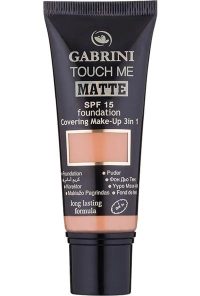 Gabrini Matte Foundation 06