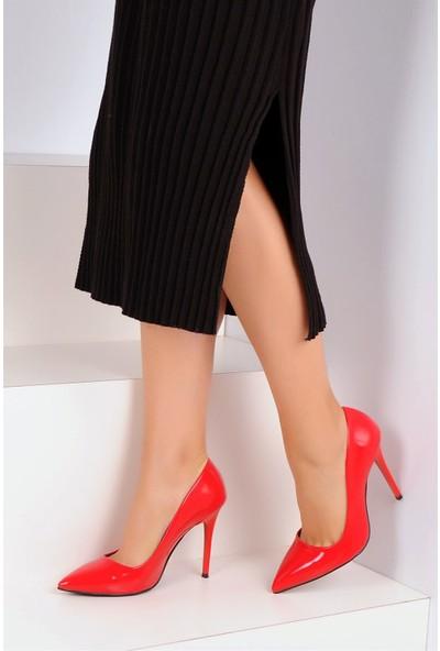 Pembe Potin Kırmızı Rugan Kadın Klasik Topuk