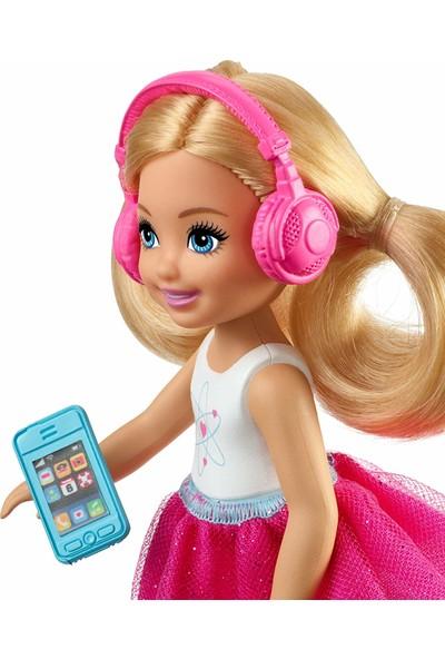 Barbie Seyahatte Chelsea ve Aksesuarları
