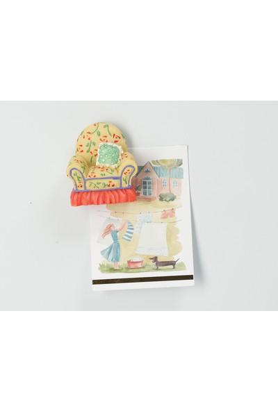 Madame Coco Buzdolabı Magneti - Koltuk