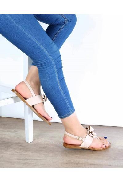 Mosimoso Ten Cilt Parmak Arası Fiyonk Detaylı Kadın Sandalet