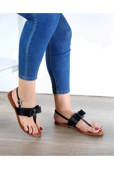 Mosimoso Siyah Cilt Parmak Arası Fiyonk Detaylı Kadın Sandalet