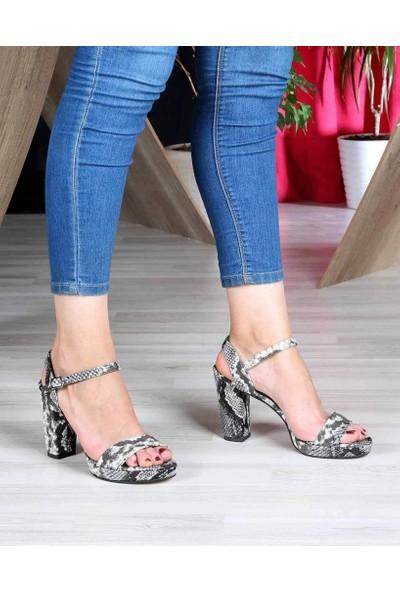 Mosimoso Siyah Beyaz Yılan Desen Yüksek Topuk Bilek Bağlı Kadın Ayakkabı