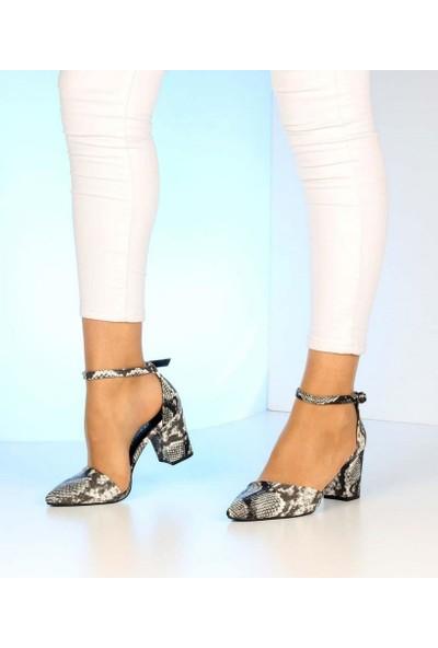 Mosimoso Siyah Beyaz Yılan Desen Bilek Bağlı Topuklu Kadın Ayakkabı